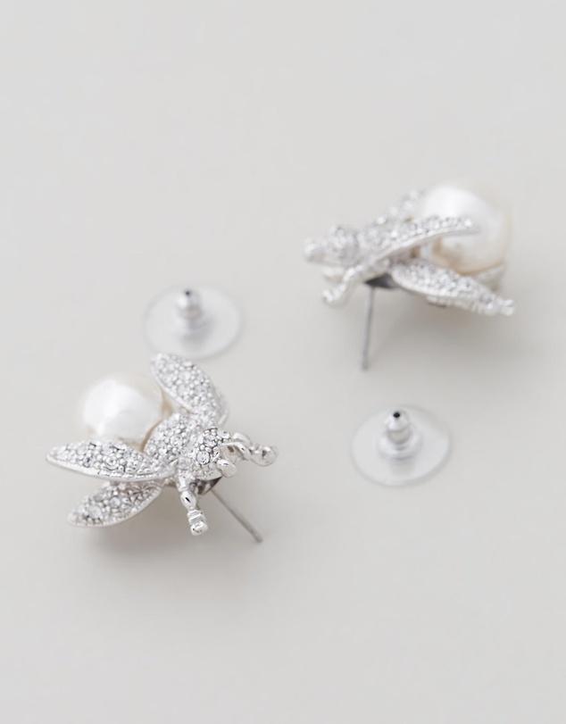Women Bumble Bee earrings
