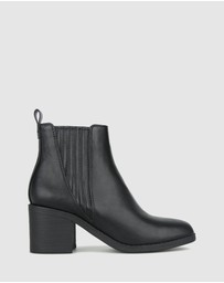 Betts - Essence 2 Block Heel Ankle Boots