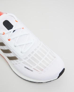 adidas Performance Ultraboost SUMMER.RDY   Men's Running Shoes - Performance Shoes (Footwear White, Core Black & Solar Red)
