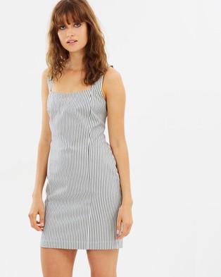 Backstage – Sienna Dress Sand