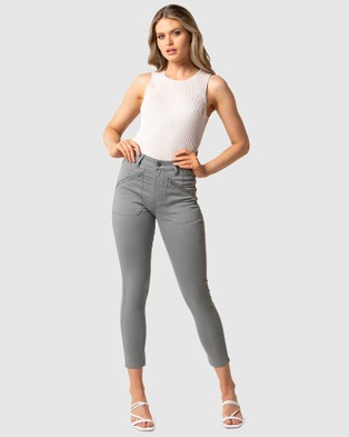 Forever New Leah Mid Rise Cargo - Jeans (Olive Sateen)