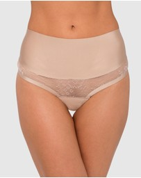 Nancy Ganz - Sweeping Curves Lace G-String
