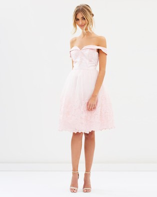 Chi Chi London – Perrie Dress – Bridesmaid Dresses Pink