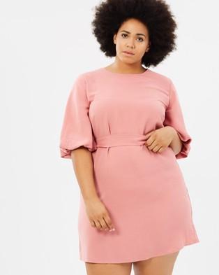 Atmos & Here Curvy – Karmen Shift Dress Pink