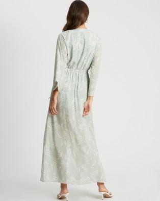Tussah Jayde Maxi Dress - Printed Dresses (Raindrop Spot Sage )
