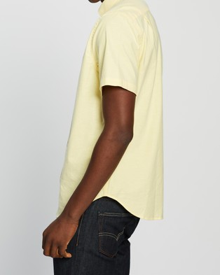 NAUTICA Solid Stretch Oxford SS Shirt - Casual shirts (Sunshine)