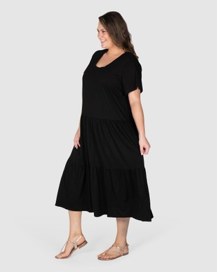 Love Your Wardrobe Lana Knit Tiered Dress - Dresses (Black)