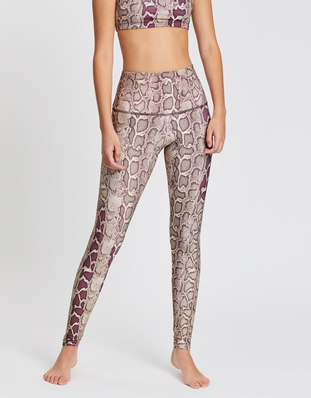 f4d7b49df5 High Rise Graphic Leggings
