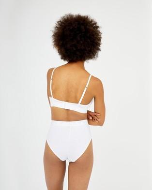 Les Girls Les Boys Ultimate Comfort Soft Bra - Crop Tops (White)
