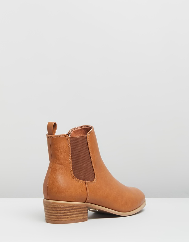 Women Zola Ankle Boots
