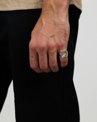 Chained & Able - Stone Square Signet Ring - Jewellery (Silver) Stone Square Signet Ring