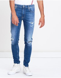 LOVE MOSCHINO - Distressed Skinny Jeans