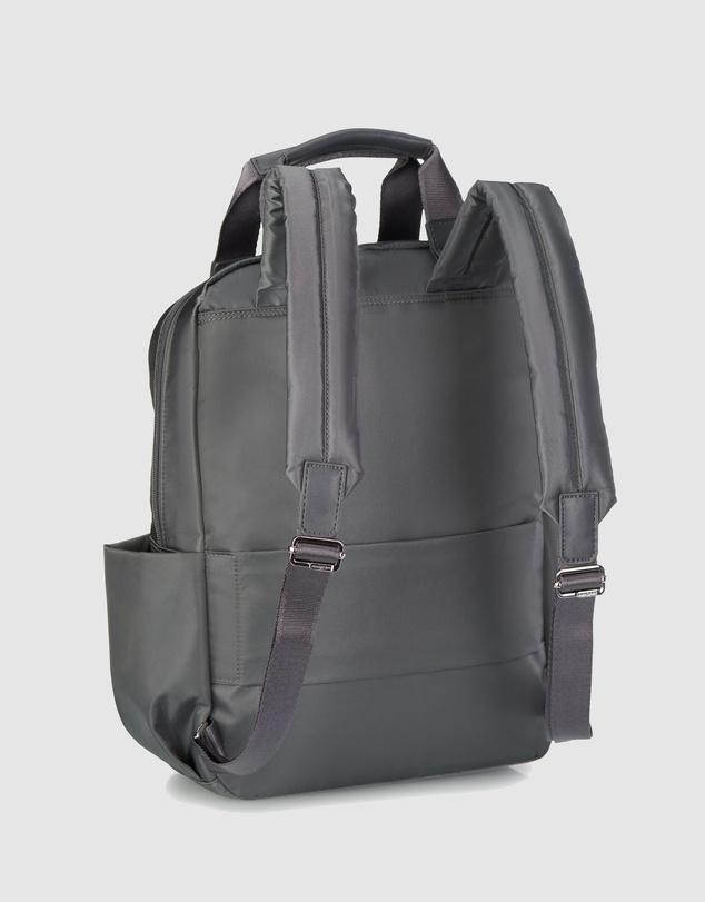 Women Rubia M Backpack 13