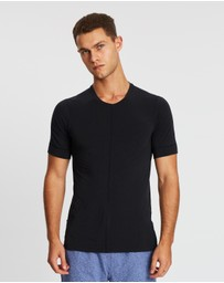 Nike - Dri-FIT Short Sleeve Top