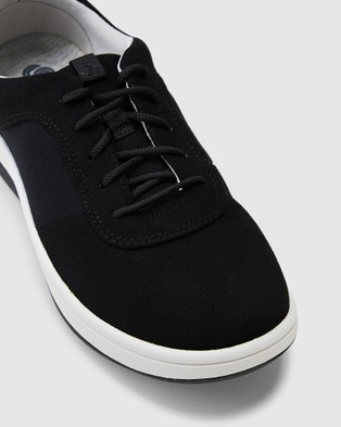 Clarks Arla Step - Low Top Sneakers (Black Textile)