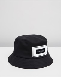 Calvin Klein - Multi Patch Bucket