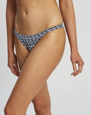 Heidi Klum Swim Ocean Dive String Bikini Bottoms - Bikini Bottoms (Essential Print)