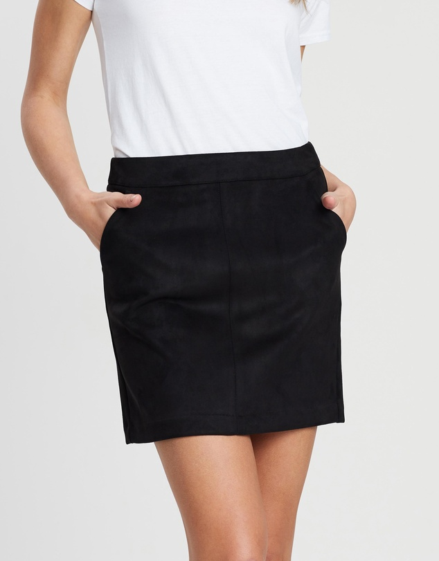 new styles 6df1f 04bd8 Donna Dina Faux Suede Skirt