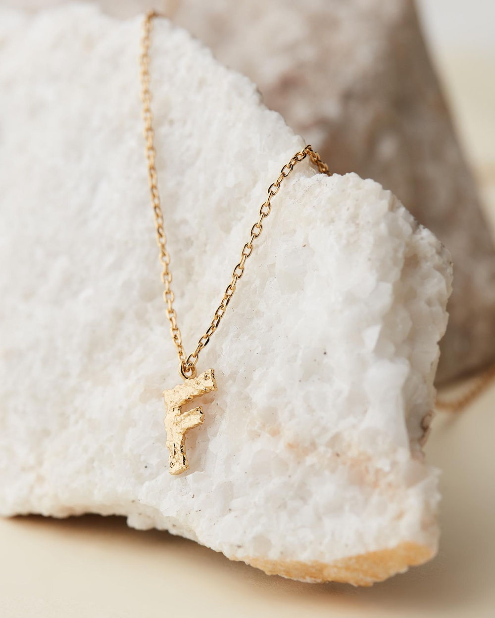 Amber Sceats Jadé Tunchy x Petite Letter Necklace F Jewellery Gold