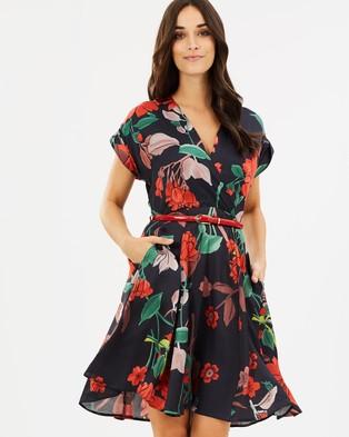 Closet London – Cap Sleeve Panelled Skirt Wrap Dress – Printed Dresses Multi