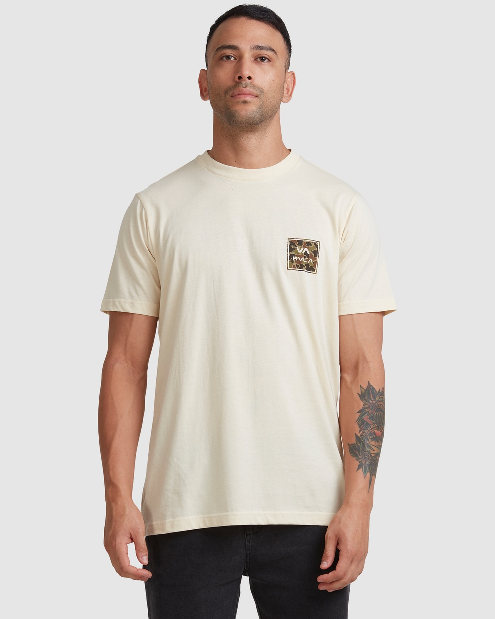 RVCA - Va All The Ways Multi Tee - T-Shirts & Singlets (BLEACHED) Va All The Ways Multi Tee
