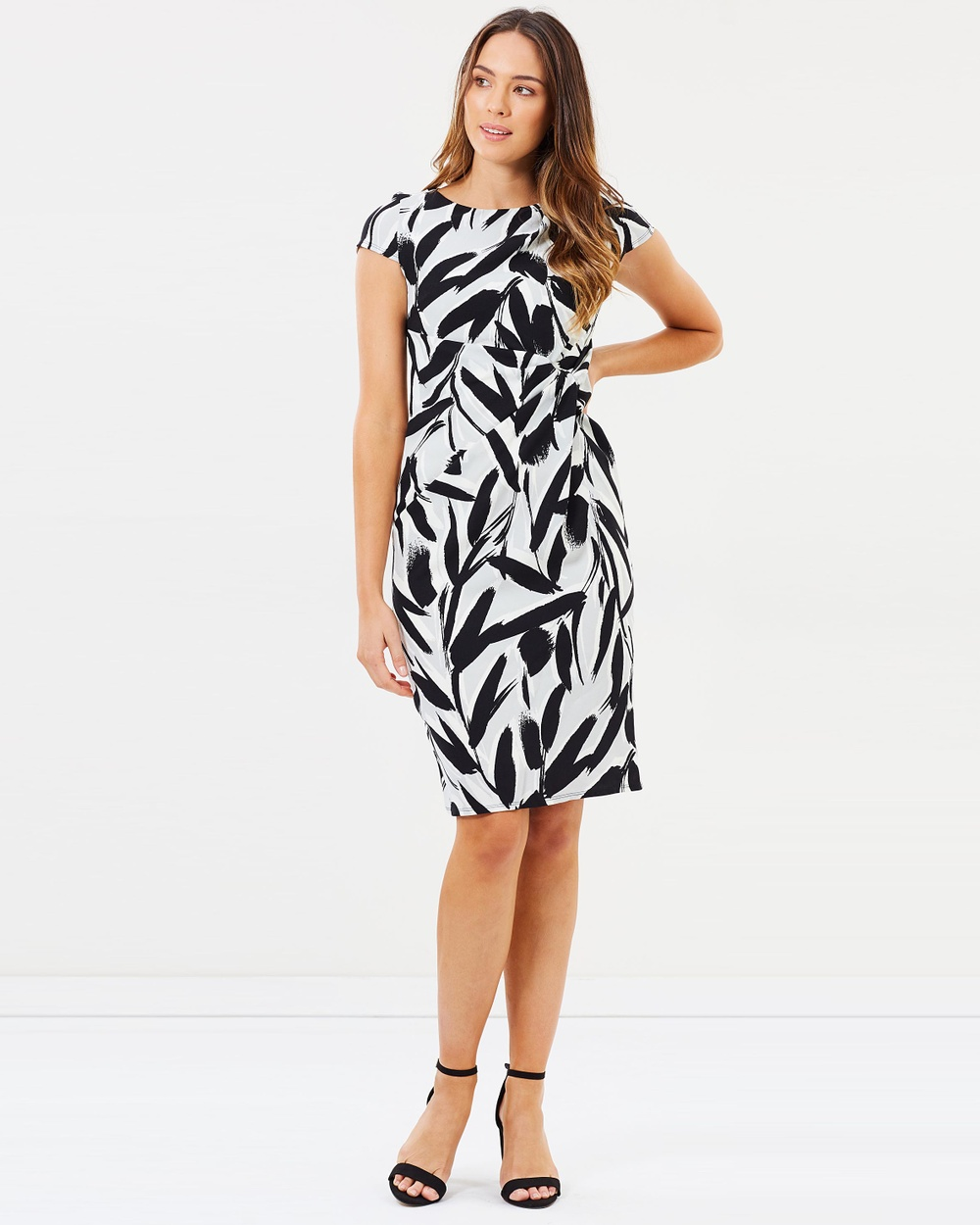 Dorothy Perkins Mono Print Crepe Dress Printed Dresses Black Mono Print Crepe Dress