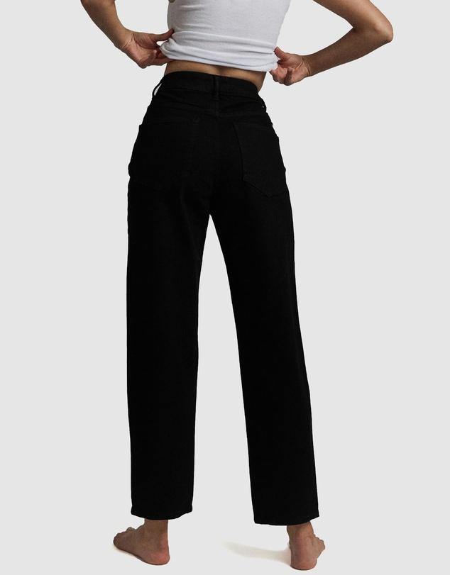 Women Straight Stretch Jeans