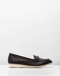 Rollie - Loafer Shoes