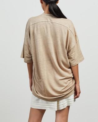 Andrea & Joen Martine Oversized Tee - T-Shirts & Singlets (Camel)