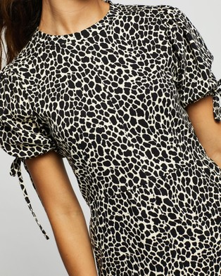 TOPSHOP Animal Print Tea Mini Dress - Printed Dresses (Monochrome)