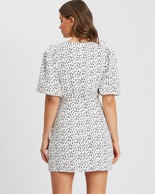 Tussah Berta Mini Dress - Printed Dresses (White Base Speckle)