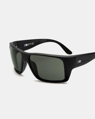 Otis Coastin - Sunglasses (Matte Black)