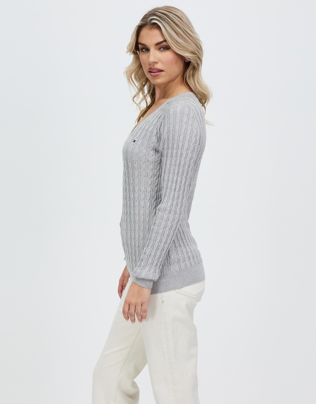 Women Classic Cable Knit V-Neck Sweater