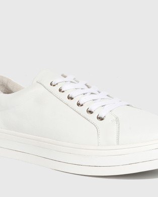Wittner Bristol Leather Lace Up Flatform Sneakers - Lifestyle Sneakers (White)