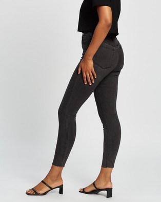 All About Eve Frankie High Rise Jeans - High-Waisted (WASHED BLACK)