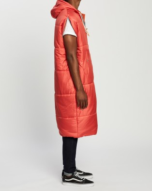 Poler Reversible Napsack - Coats & Jackets (Dark Red & Orange)