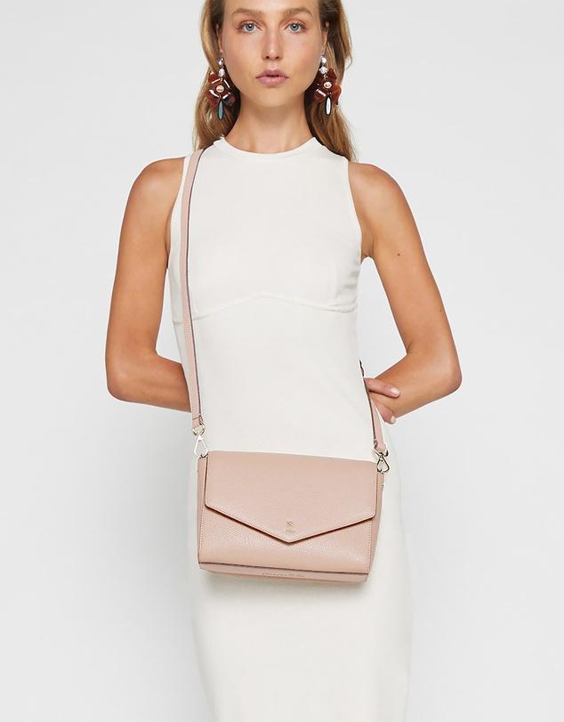 Women D-vine Cross Body Bag