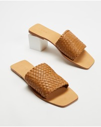 AERE - Woven Leather Slides