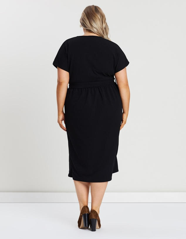 Boohoo - Plus Belted Button Down Midi Dress