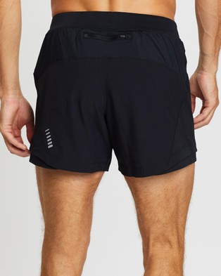 Under Armour UA Qualifier Speedpocket 5  Shorts - Shorts (Black, Black & Reflective)