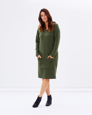Hope & Harvest – Super Chic Hooded Dress Olive – Dresses (Olive)
