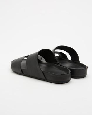 Assembly Label Double Strap Slides   Women's - Sandals (Black)