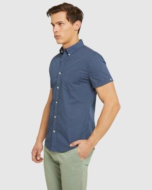 Oxford Tottenham Printed S s Shirt - Casual shirts (Blue)