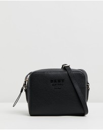 DKNY - Noho Pebble Camera Bag