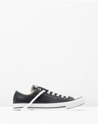 Chuck Taylor All Star Leather Ox
