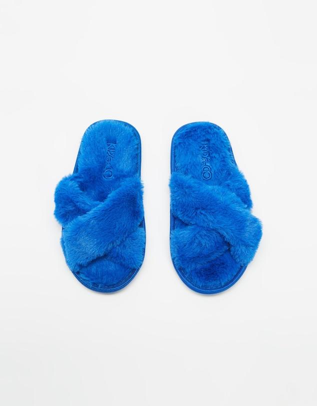 Kids Slippers - Kids-Teen