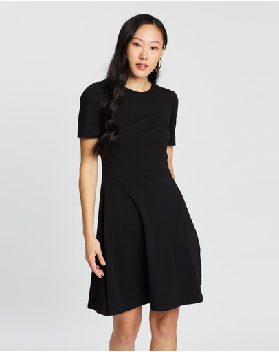 Dorothy Perkins - Tuck Sleeve Fit and Flare Dress