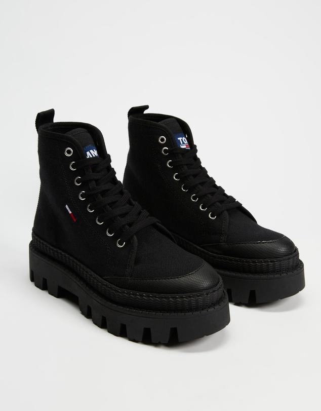 Women Flat Boots