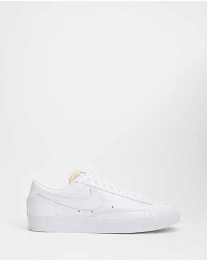 Nike - Blazer Low '77 - Women's