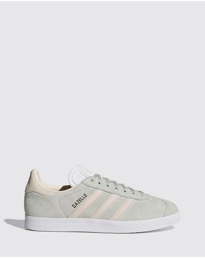 d6345e3b3c4cc Adidas Shoes
